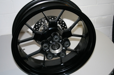 Aluminium cast wheels for Aprilia RSV4 and Tuono V4